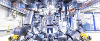 Люди и машины на производстве